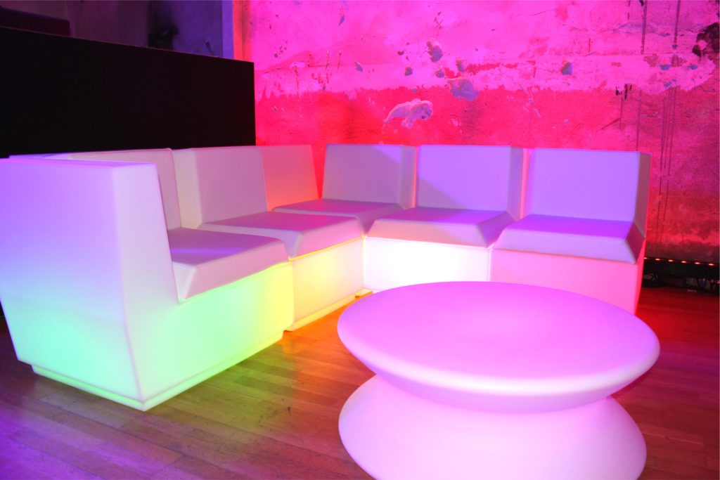 led lounge sessel mieten 1024x683