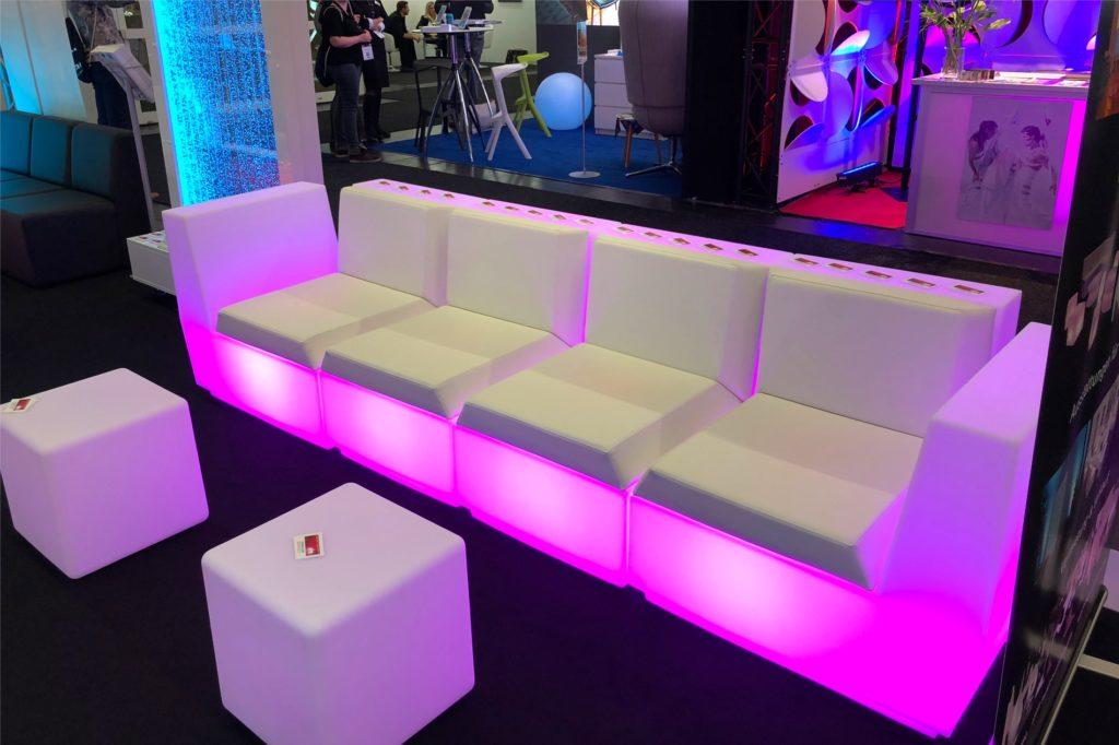 led sofa messe 1024x682
