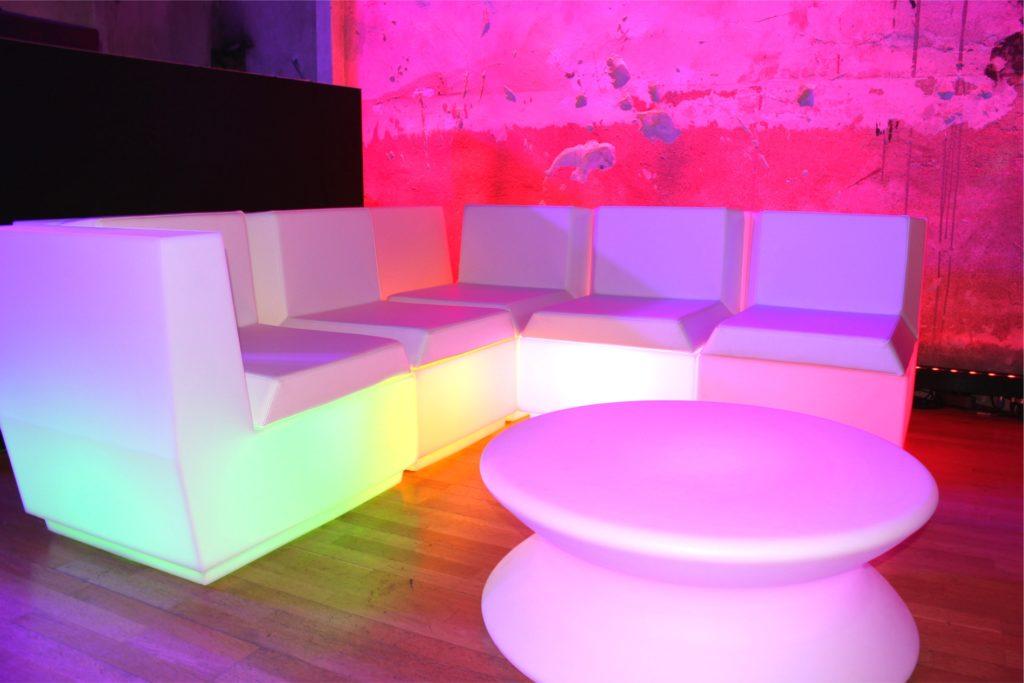 led sofa mieten 3 1024x683