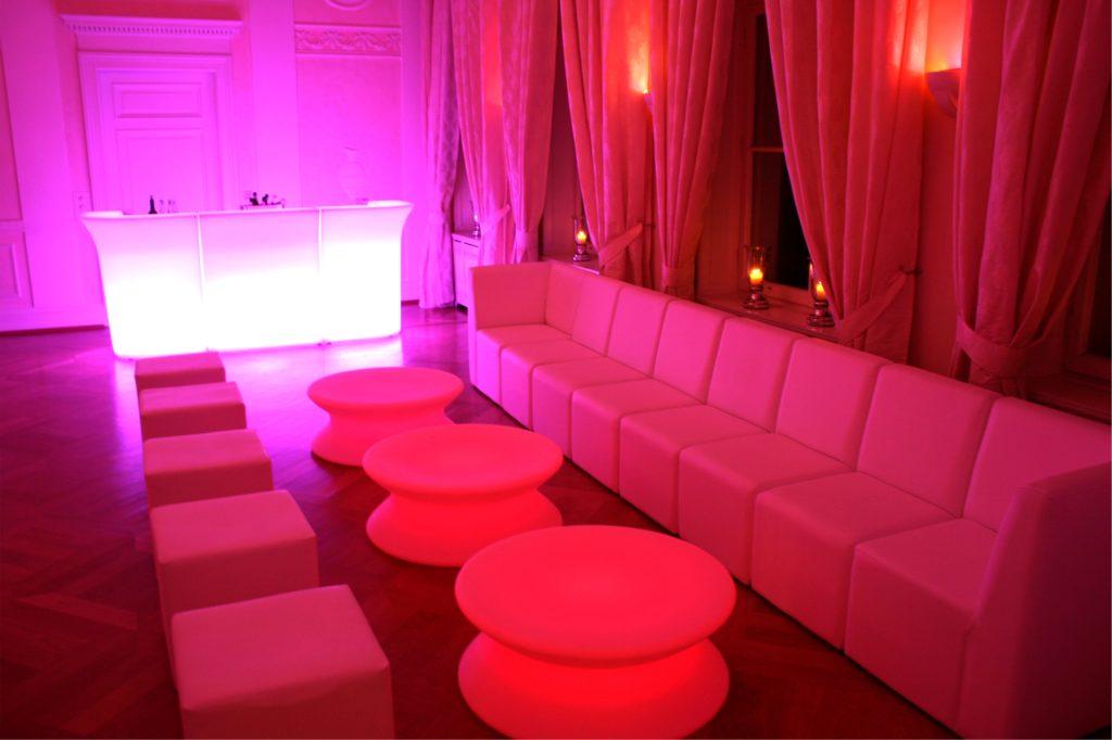 loungemoebel weihnachtsfeier mieten 1024x682