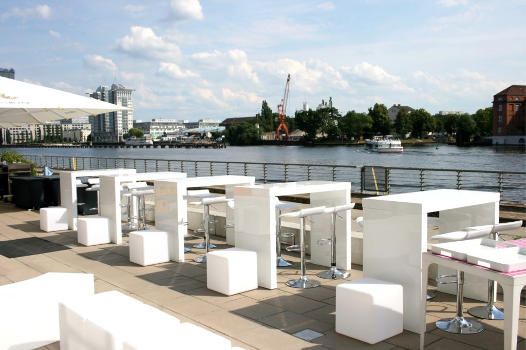 outdoormoebel mieten berlin 1024x682