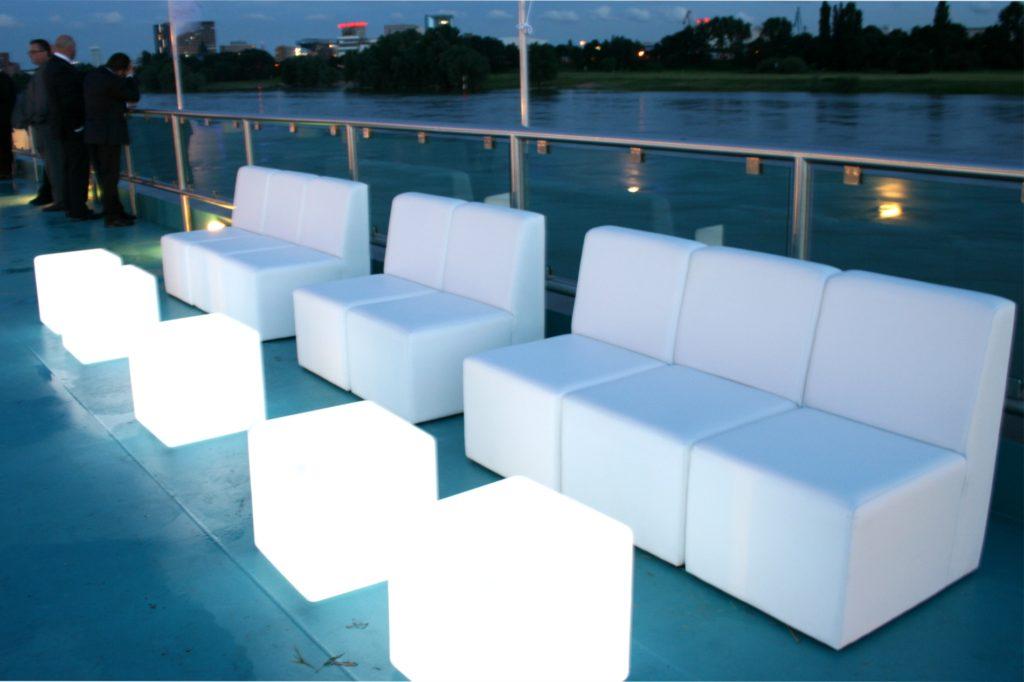 sofa loungig mieten 1024x682