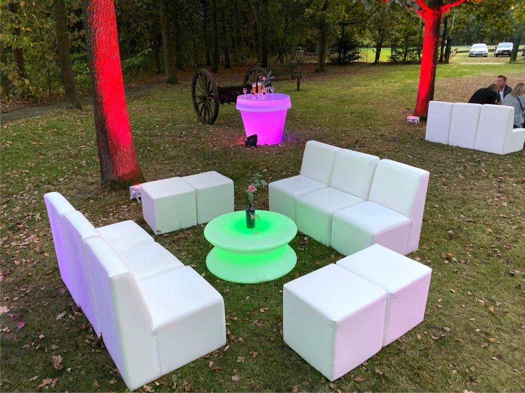 sofa outdoor 1024x768