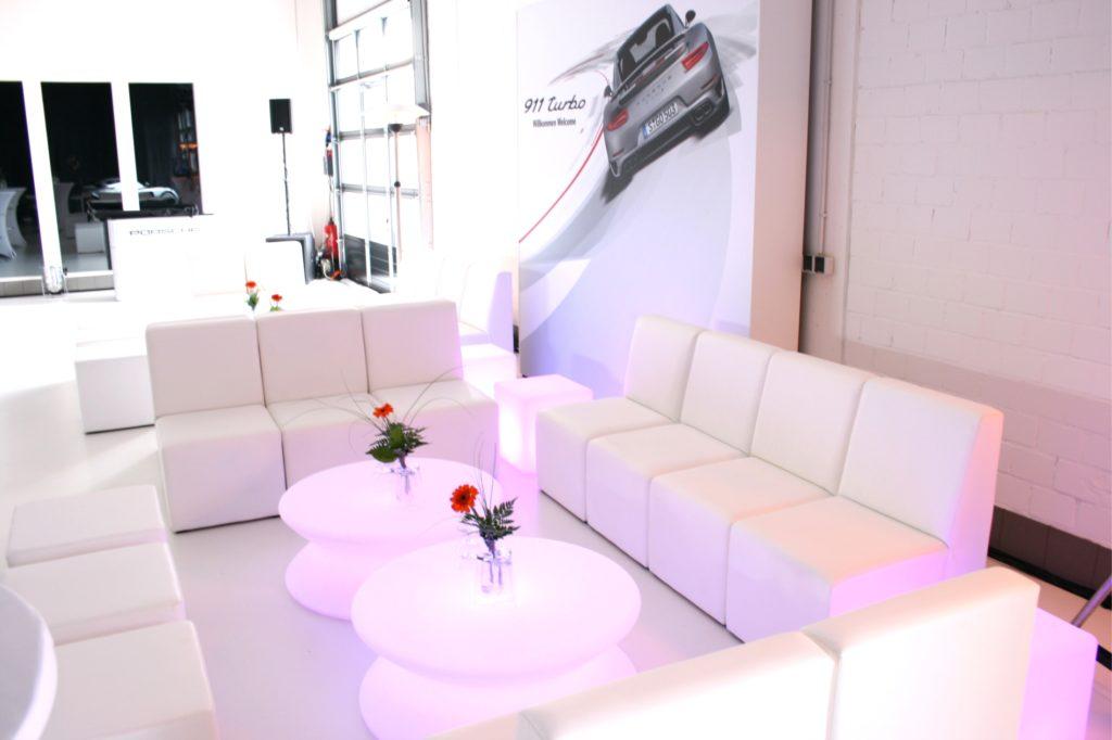 sofa white lounge mieten 1024x682